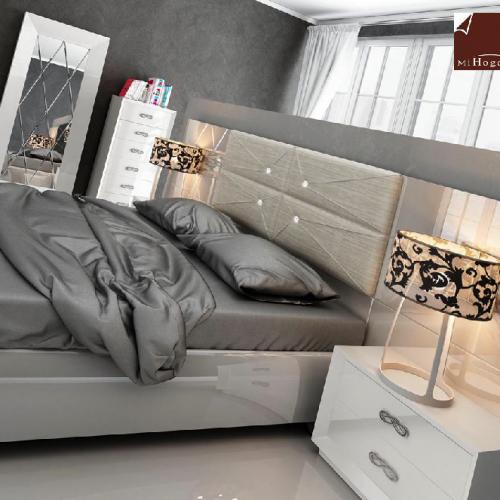 cabecero-corrido-lacado-tapizado-a medida-botones-swarovski-dormitorio-formas