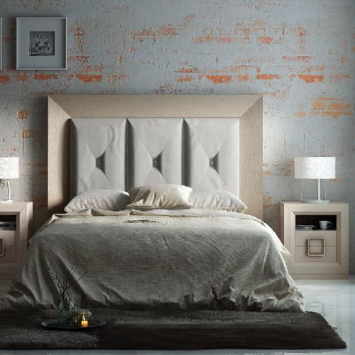 cabecero-inglete-roble-poro-tapizado-cuadros-mesita-hueco-dormitorio-formas